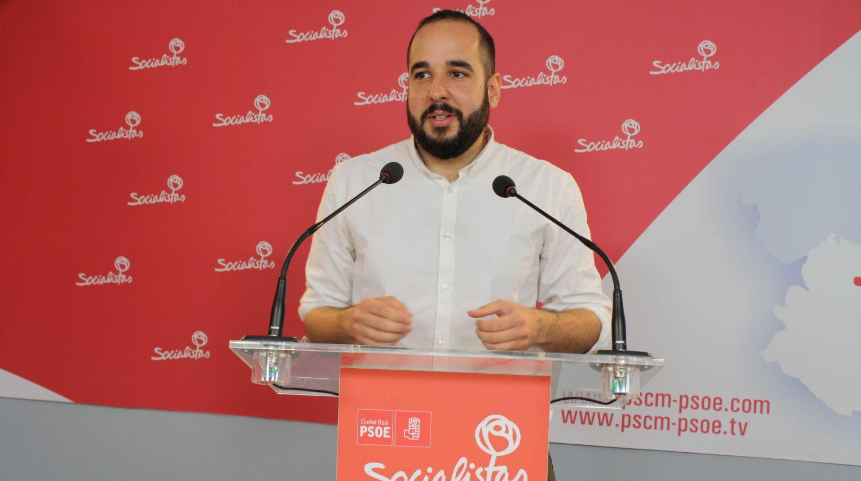 """""""El Gobierno del PSOE ha hecho posible la Ley de Protección y Apoyo Garantizado frente a la herencia desastrosa del PP en bienestar social"""""""