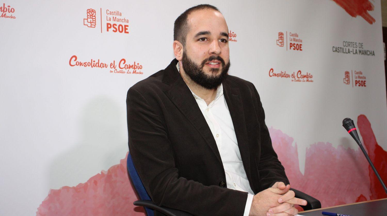 """González Caballero: """"Ya está bien que el PP empiece a escuchar a los ciudadanos, de haberlo hecho antes hubiera ahorrado mucho sufrimiento"""""""