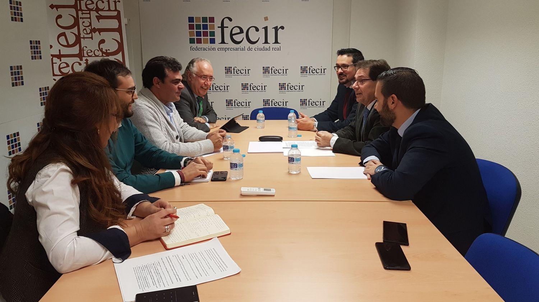 El PSOE provincial y CEAT CIUDAD REAL estudian el acuerdo alcanzado entre el Gobierno español y el sector de autónomos